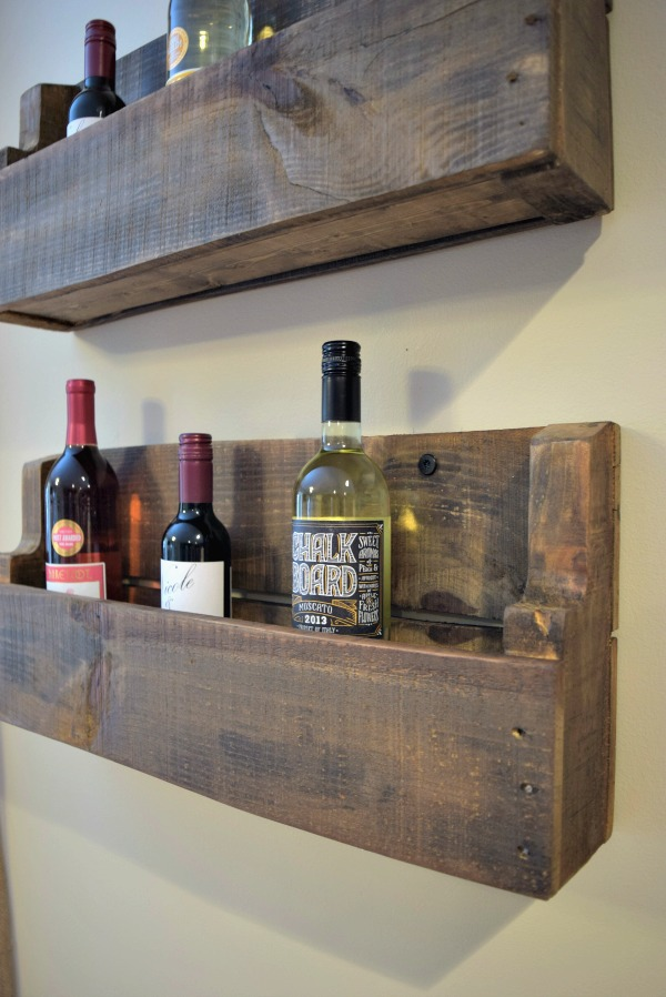 The quick practically free pallet wine rack super easy for How to make a wine rack out of pallet wood