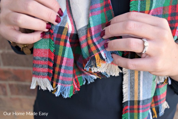 An easy how-to in making your own $5 flannel blanket scarf! Click to see how easy it is to make!