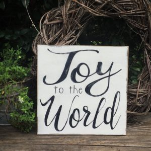 This rustic Joy to the World sign is simple and affordable Christmas decor