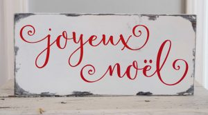 This red and white Noel sign is perfect for Christmas