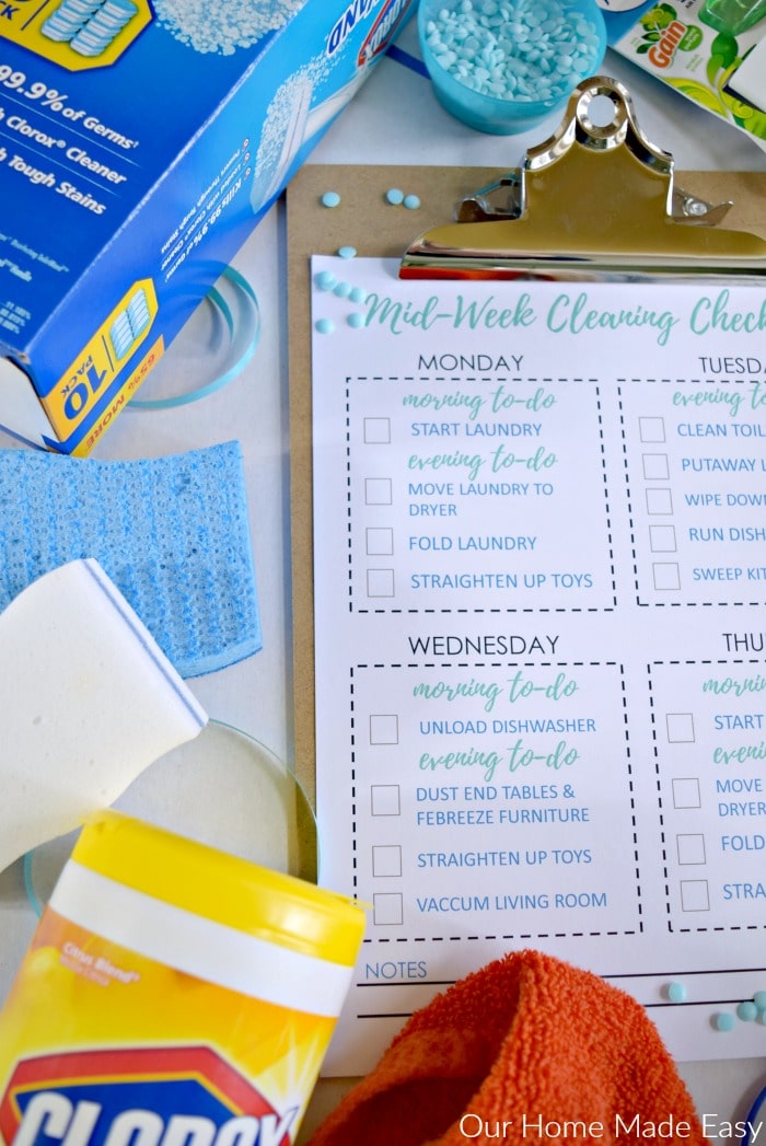 Keep your home clean during the week is super easy! Click to see tips and receive a free checklist! #sponsored