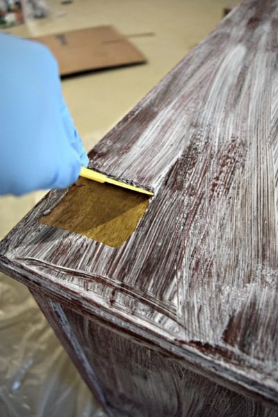 How to remove paint and varnish from wood furniture!
