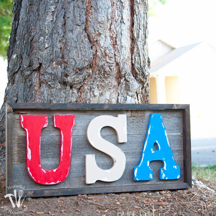 this rustic USA sign is an easy 4th of july craft that doesn't take much time