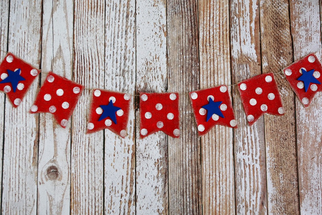 this red, white, and blue banner is a star-spangled craft that's easy to make