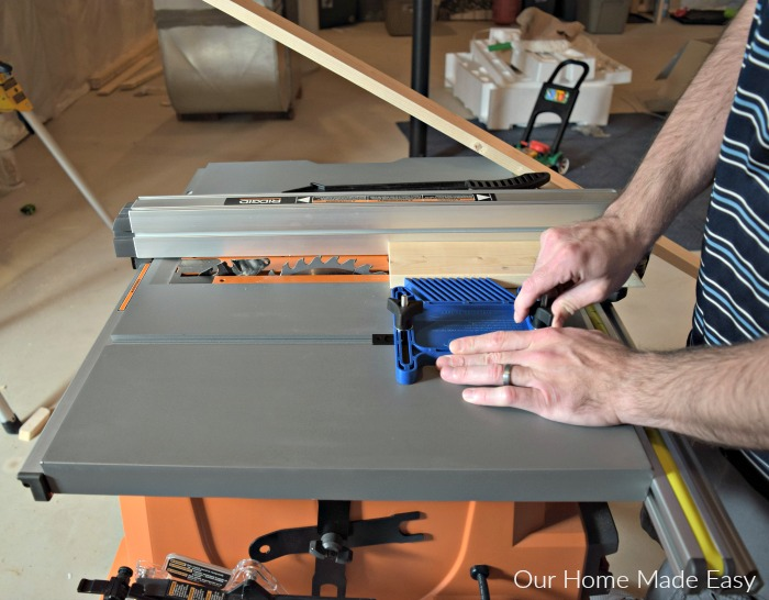 Here is an easy tutorial on building a picture frame ladder! Build one for your space with only a few dollars! Click to see how to build one yourself.