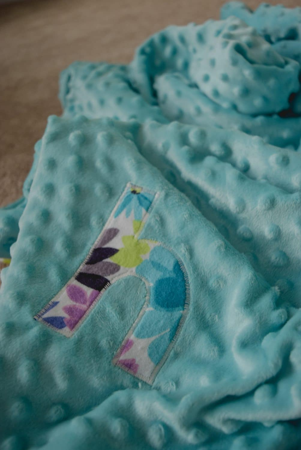 this baby blue minky fabric blanket is a perfect baby blanket
