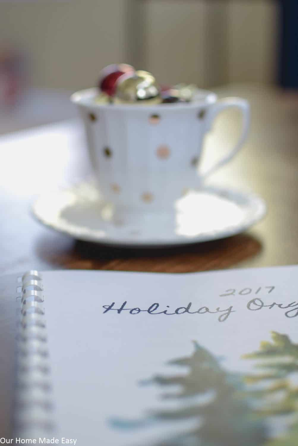 Keep your holidays stress-free with our free printable Holiday planner!