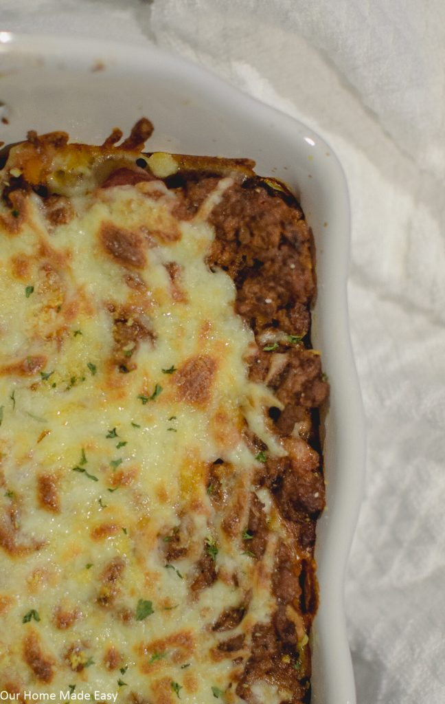 Cheesy baked ziti makes a delicious and easy Italian dinner