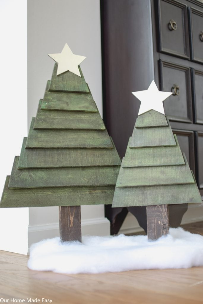 how to make pallet christmas trees - Wood Pallet Christmas Tree