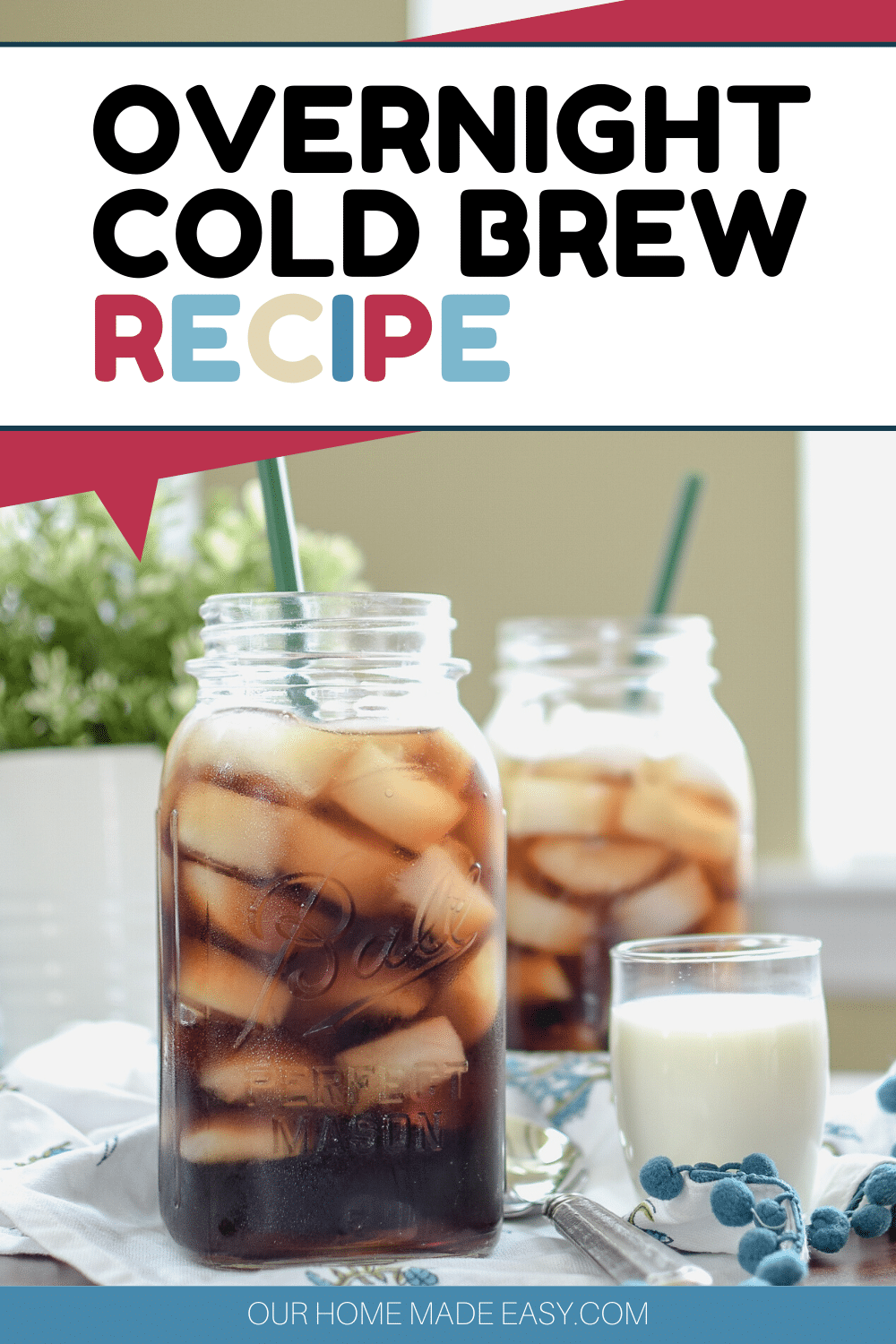 Make your own iced coffee at home with this overnight cold brew coffee recipe!