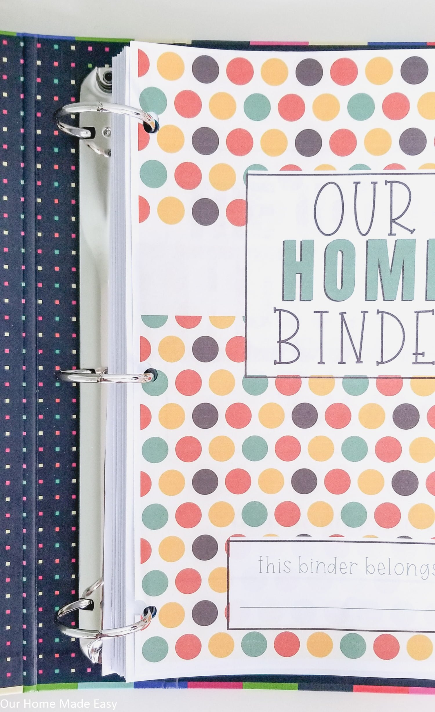 Get your home binder ready for fall with these free autumn binder covers