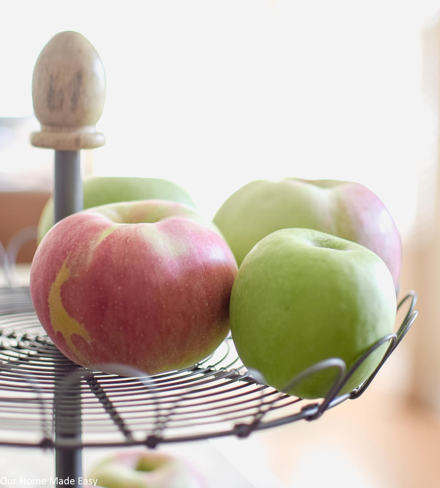 Delicious and juicy fresh-picked apples from the orchard