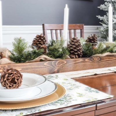 Simple Christmas Dining Room [Cozy Holiday Home Tour]