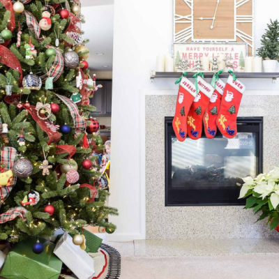 14 Favorite Places to Buy Holiday Decor on the Cheap!