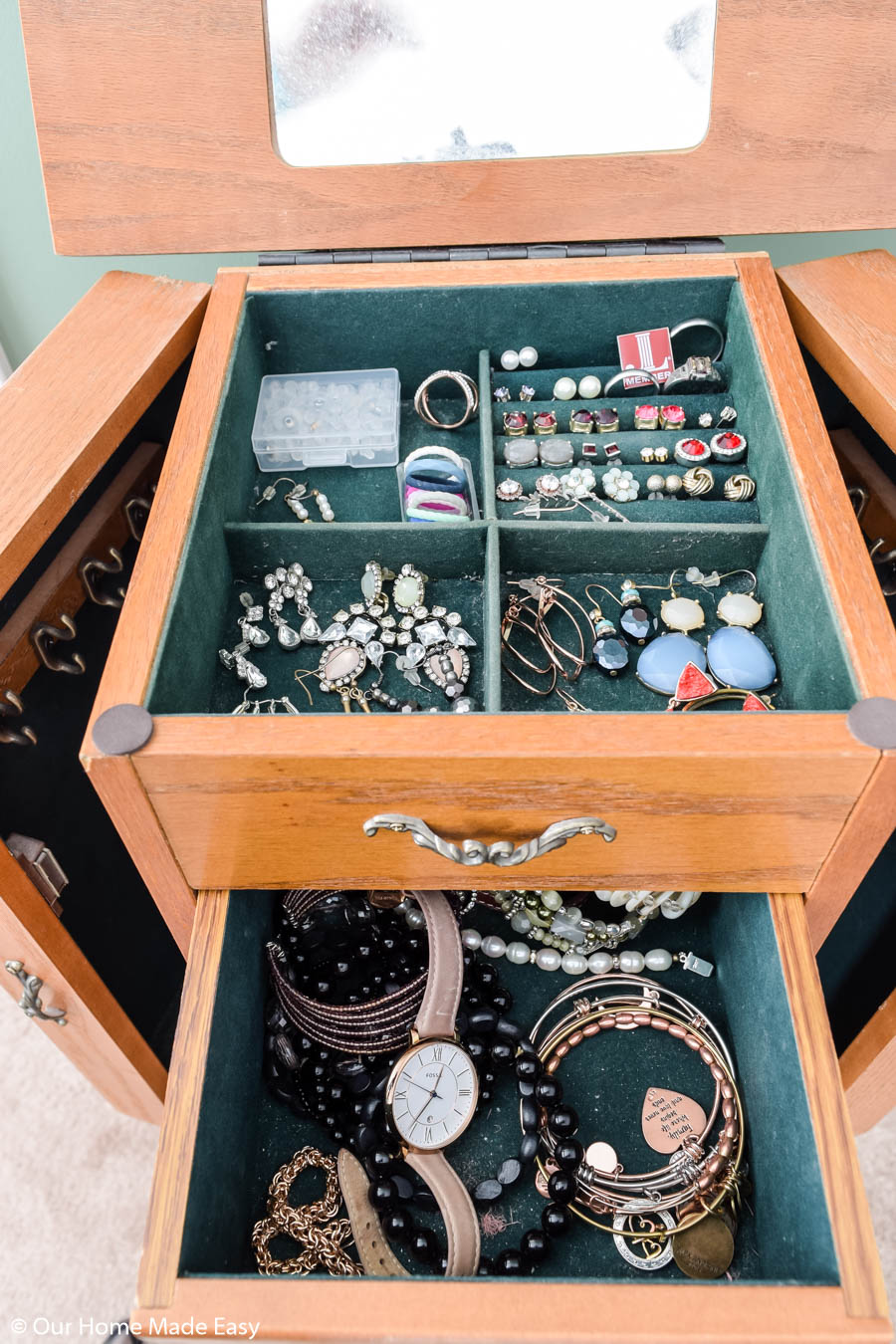While organizing my jewelry collection, I decided what to keep and what to get rid of
