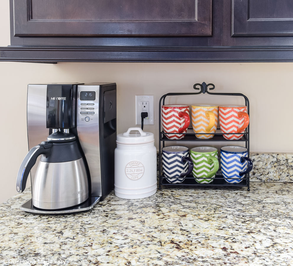 keeping your counter tops organized will help you keep kitchen clutter to a minimum