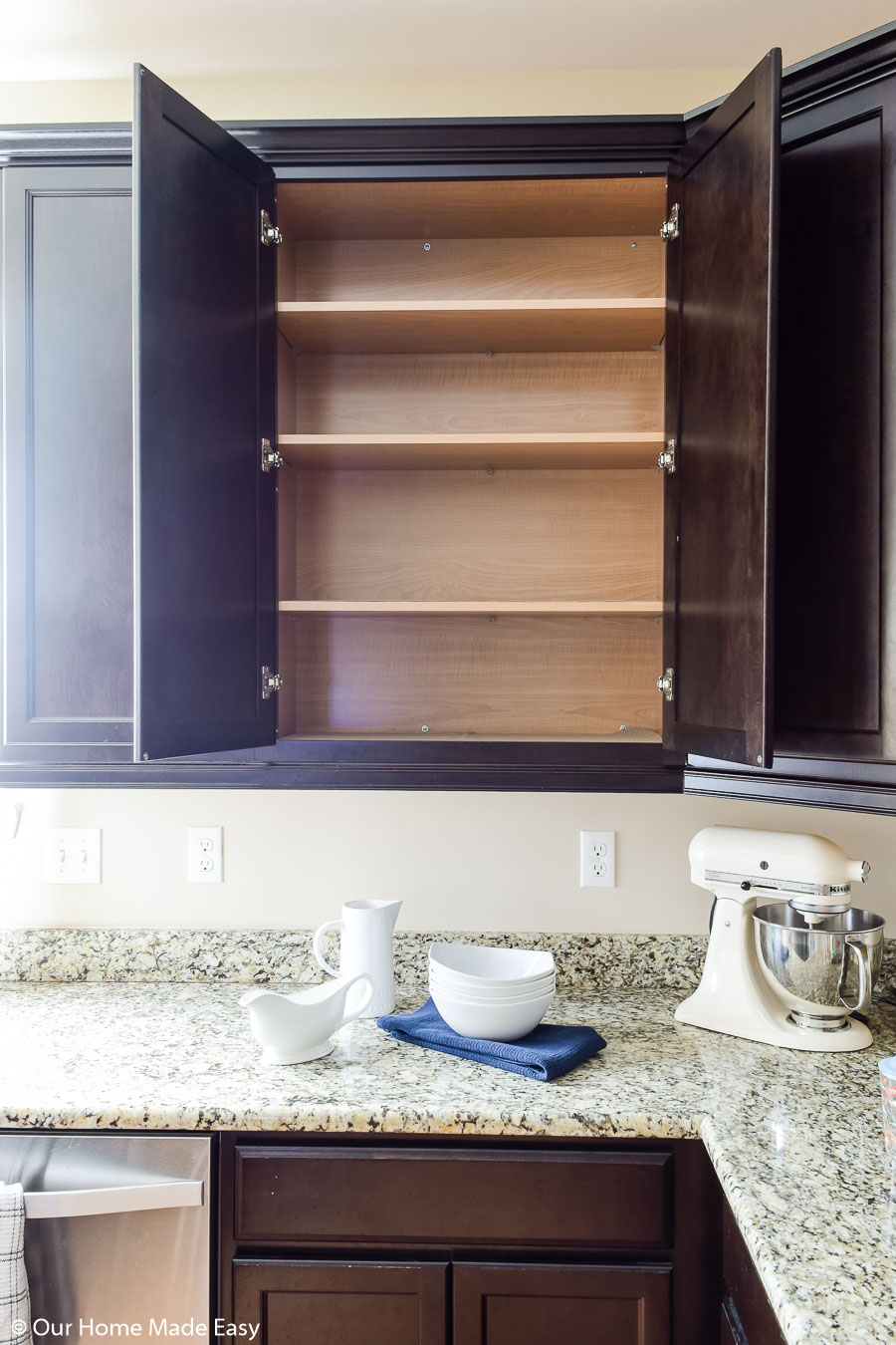 these cabinet decluttering tricks will help you keep your cabinets organized and neat