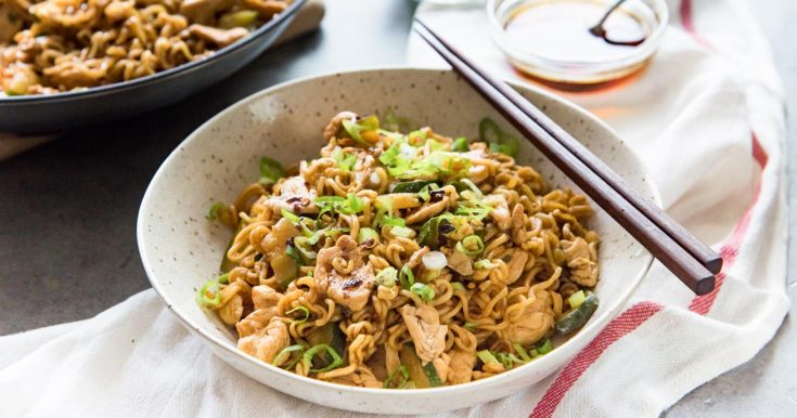 15 minute Chicken Ramen Stir Fry