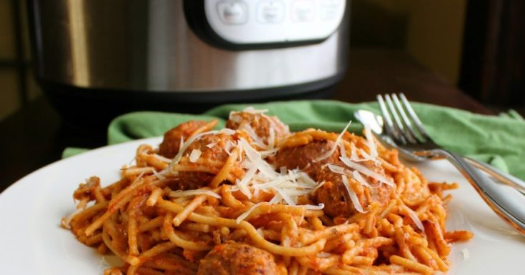 Creamy Spaghetti and Meatballs in the Instant Pot