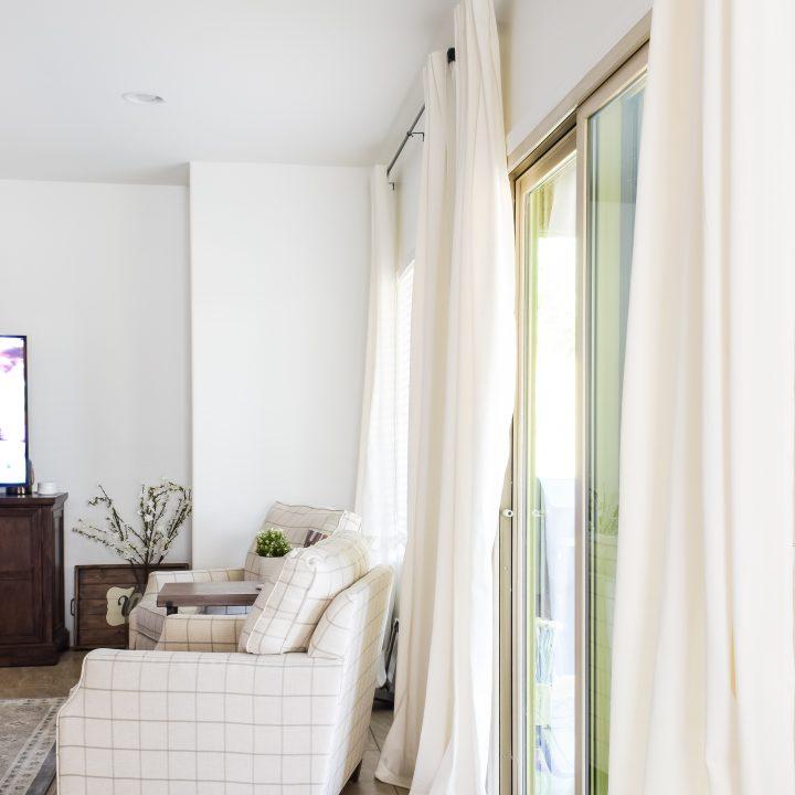 Super Easy DIY Curtains