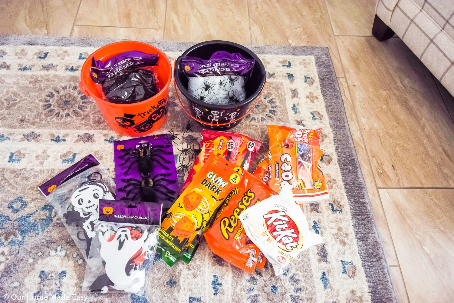 Create these easy You've Been Booed treat buckets to spread the Halloween spirit throughout your friends and neighbors!