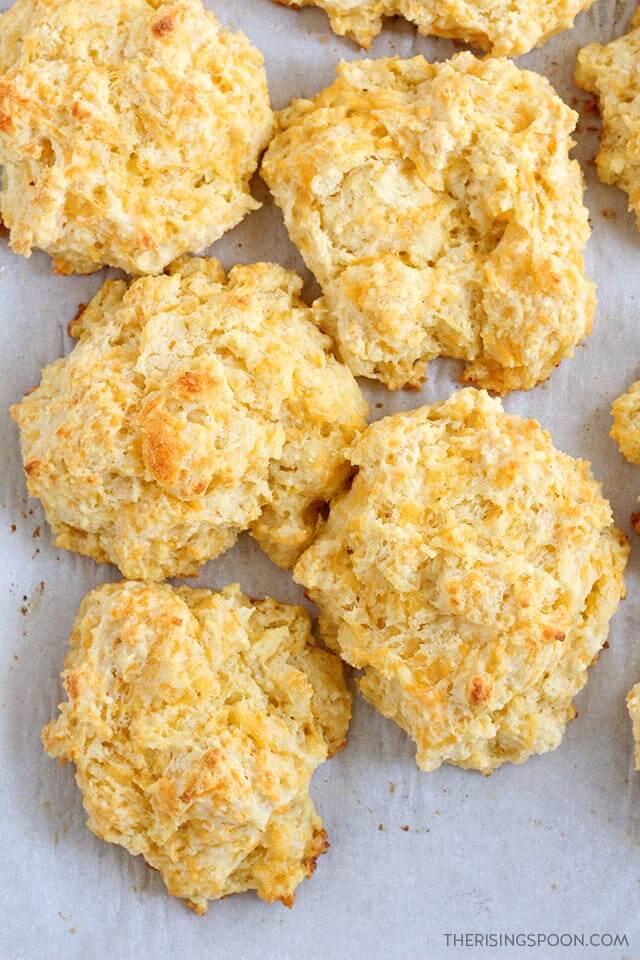 Cheddar Garlic Buttermilk Drop Biscuits