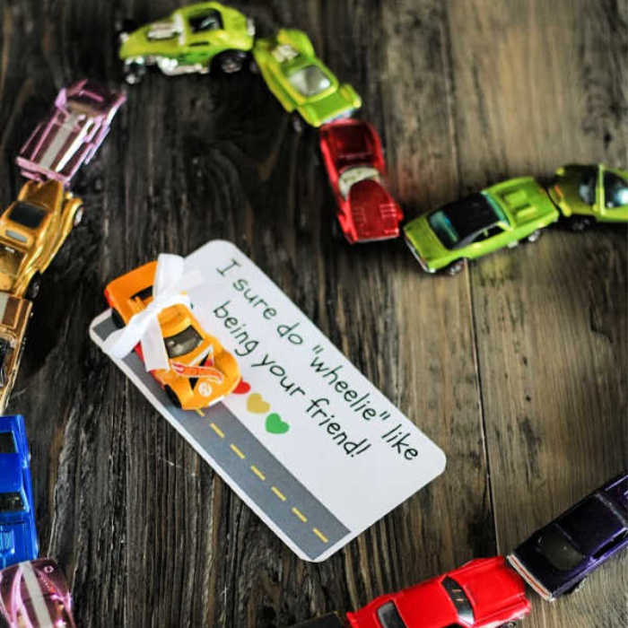 Homemade Hot Wheels Valentines (PLUS PRINTABLE!)