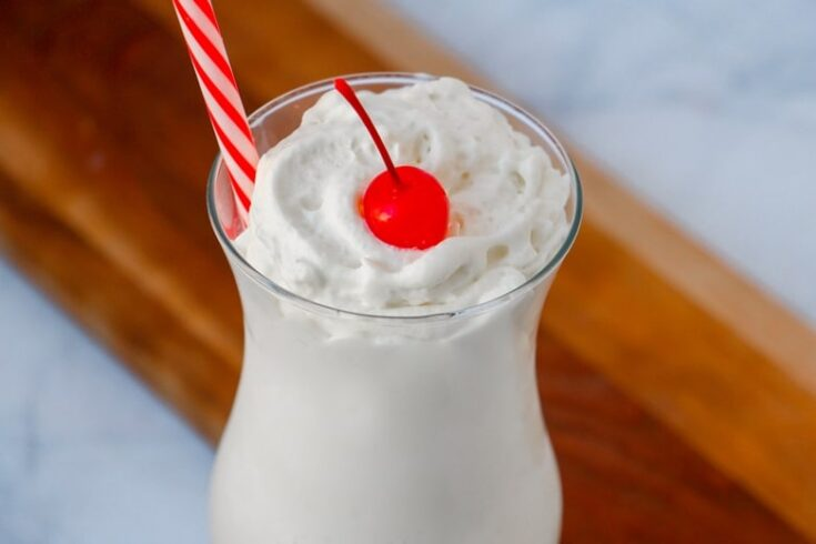 Easy Vanilla Frappe Recipe - Only 3 ingredients!